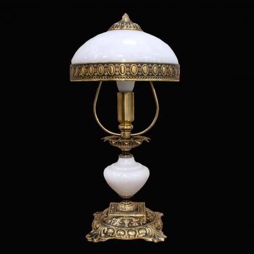 Настольная лампа из камня НК-О-02 ОВМ Белый мрамор